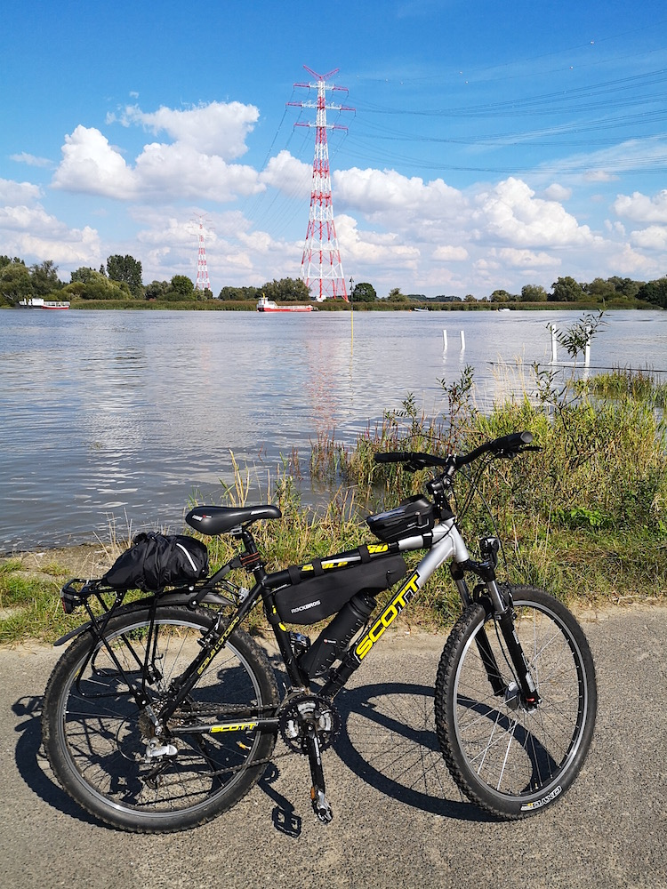 Fahrradtour auf dem Elberadweg